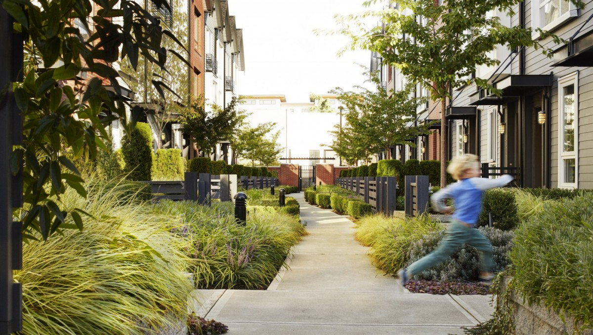 2040 OCP - Form and Character, image example of townhouses with a pedestrian pathway