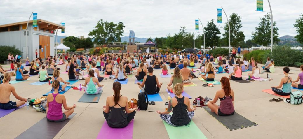 A yoga class at Stuart Park